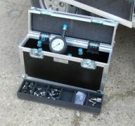 Caisse de transport pour les manomètres et les raccods (flighcase)
